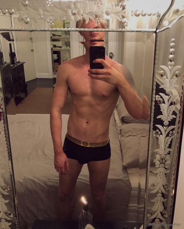 #geeayewhy Ryan Cooper Young Blond Twunk - Fit and Hung - 21