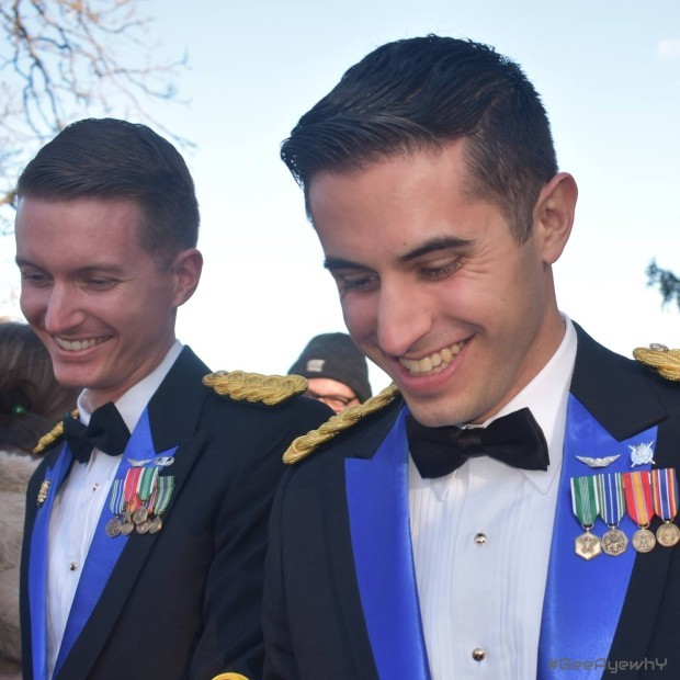 US MILITARY SAME SEX COUPLE MARRY -  West Point #geeayewhy